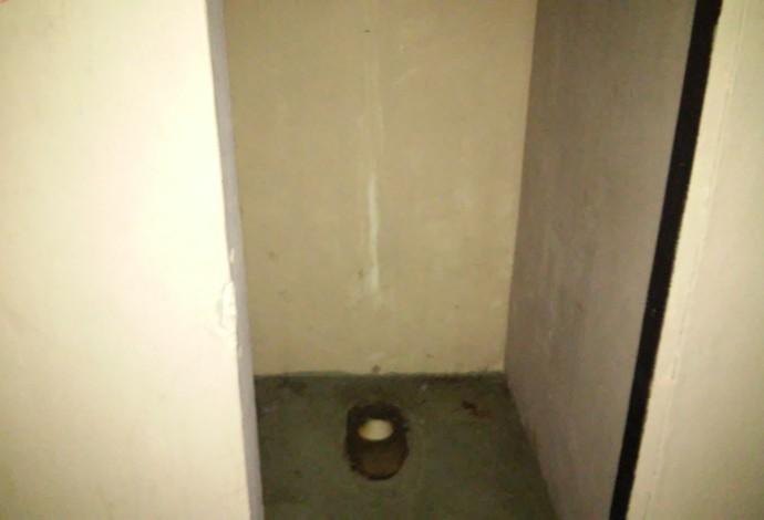 Banheiro quebrado - São Januário - Vasco - Flamengo (Foto: Felipe Schmidt)