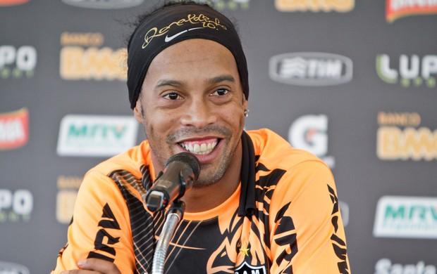 Ronaldinho Gaúcho; Atlético-MG; Cidade do Galo; coletiva (Foto: Bruno Cantini / Site Oficial do Atlético-MG)