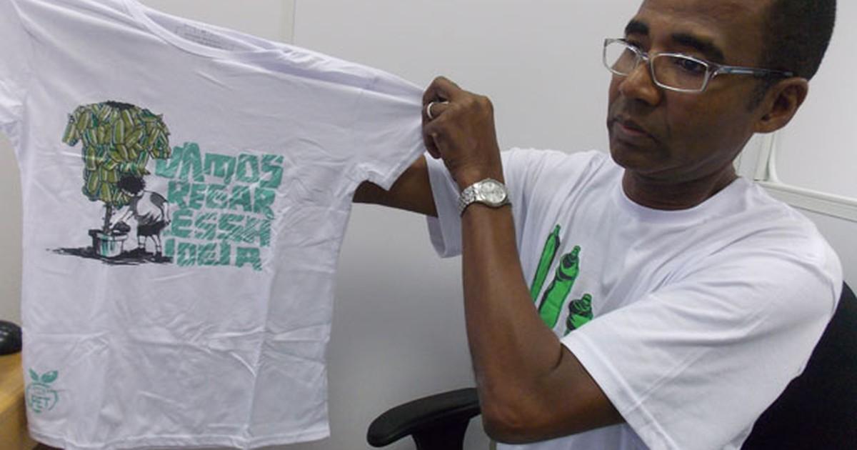 2966e59bc G1 - Empresa baiana inova ao trabalhar com camisas feitas de garrafa pet -  notícias em Atitude Sustentável 2013