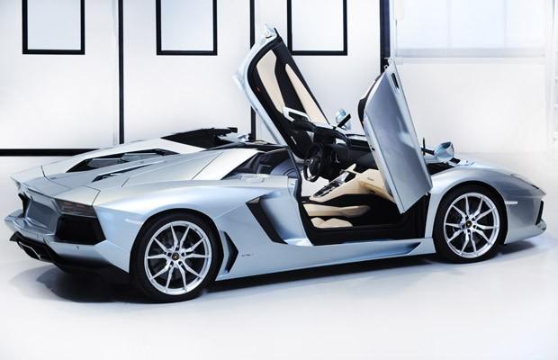 Auto Esporte Lamborghini Lan 231 A Aventador Em Vers 227 O