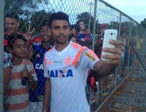 Treino Flamengo selfie (Foto: Cahê Mota)