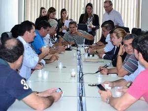A sessão extraordinária ocorreu na manhã desta sexta-feira (11) (Foto: Divulgação/Hisraufre Emiliano/ALE)