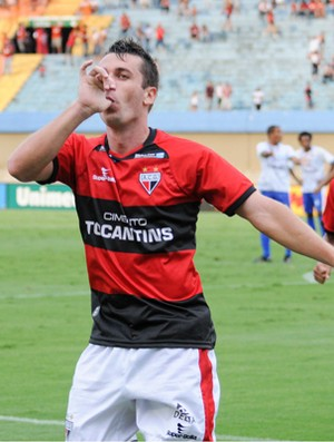 Elias, meia do Atlético-GO (Foto: Joelton Godoy/Atlético-GO)