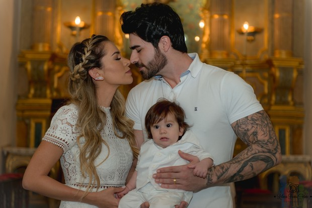 Batizado de Rodrigo, filho de Adriana Sant'Anna e Rodrigão (Foto: Rebeca Penna Firme/ Divulgação)