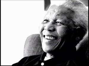 Nelson Mandela morre aos 95 anos/GNews (Foto: Reprodução Globo News)