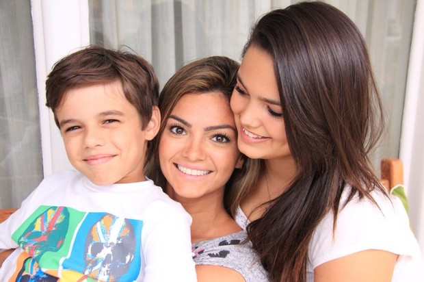 Vitor, Kelly Key e Suzanna (Foto: Divulgação/Divulgação)