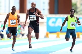 Asafa Powell vence com sobras os 100m (Foto: Wagner do Carmo/CBAT)