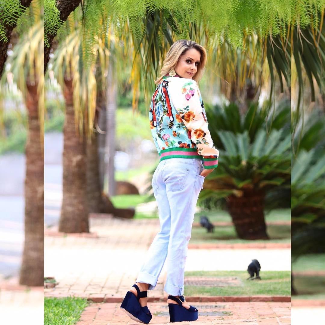 Simone Mendes - jaqueta Bomber