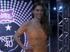 Carolina Dieckmann aparece com novo visual, de cabelos castanhos
