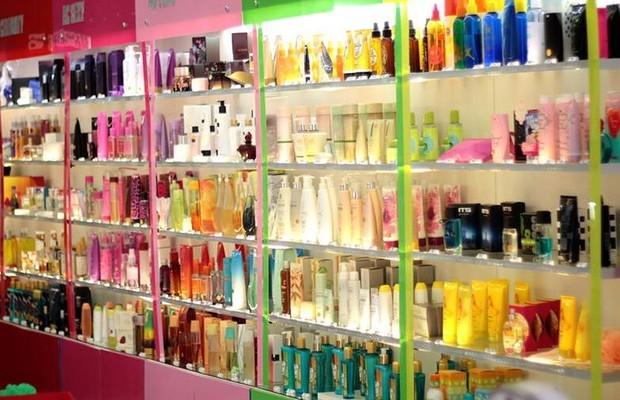 Água de Cheiro agora mescla produtos próprios com artigos importados (Foto: Divulgação)