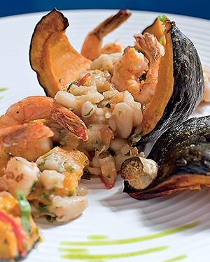 Feijoadinha de abóbora japonesa com camarões (Foto: Andrea Marques/Fotonauta)