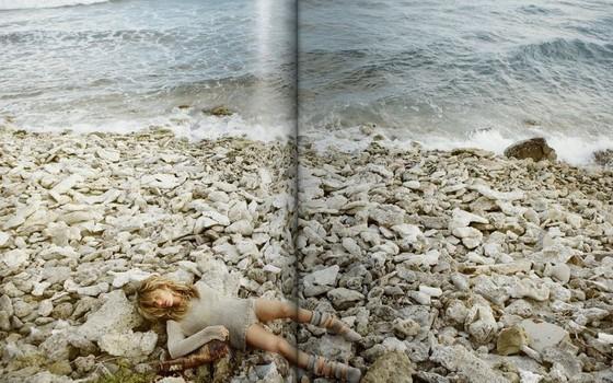 O livro-retrospectiva da carreira de Gisele deve chegar ao Brasil no fim de outubro (Foto: Divulgação Taschen)