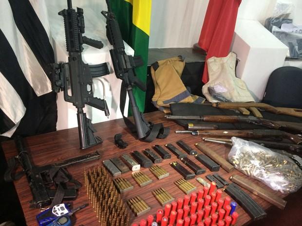 Material apreendido em operação na Cracolândia (Foto: Paula Paiva Paulo/G1)