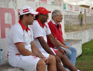 Leandro Sena, Carlos Moura Dourado e Maeterlinck Rêgo - América-RN (Foto: Jocaff Souza)