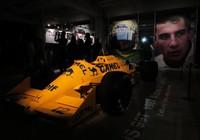 Macacões, fotos e carros de Senna em exposição em Ímola (Felipe Siqueira)