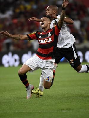 O ano acabou para Fla e Cruzeiro
