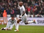 Liverpool erra muito e perde para o Swansea no Campeonato Inglês