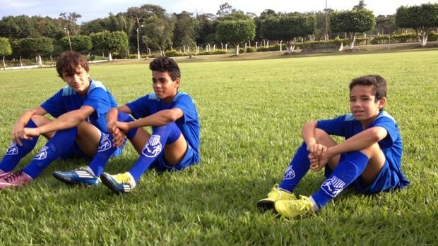 Alunos da escolinho do Avaí em Vilhena (Foto: Andréia Machado)