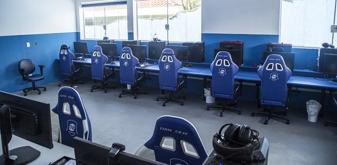 CNB área de treinamento - gaming house (Foto: Divulgação / CNB)