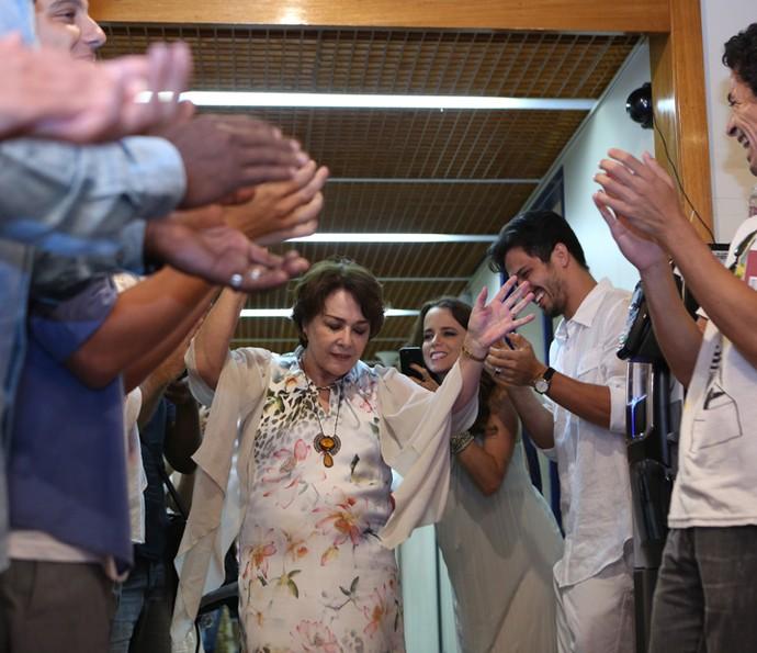 Nívea Maria é super aplaudida e festejada (Foto: Carol Caminha/Gshow)