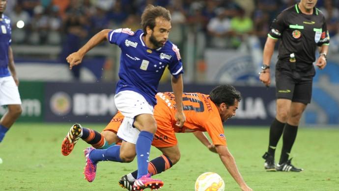 Gabriel Xavier, meia do Cruzeiro (Foto: EFE)