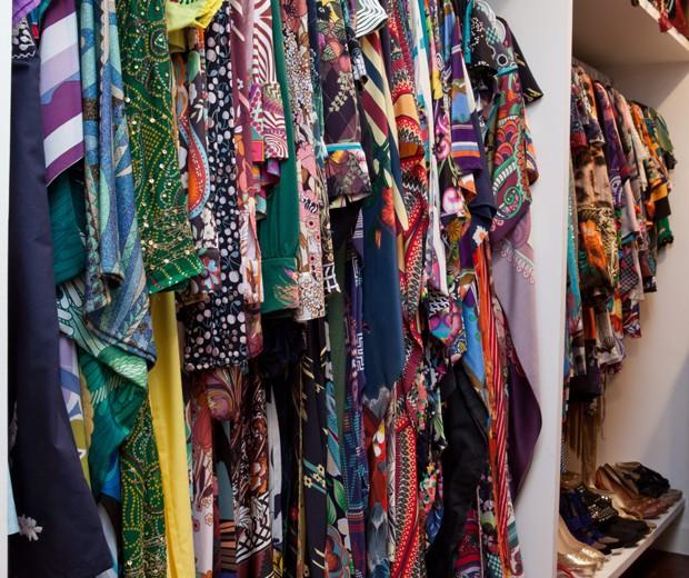 Guarda-roupa da estilista Adriana Barra (Foto: Lufe Gomes/ Editora Globo)