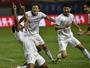 Duelo de ex-botafoguenses na China termina com um gol de cada e empate