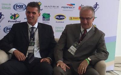 Vagner Mancini e Dorival Júnior (Foto: Carlos Augusto Ferrari)