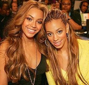 Beyonce e Solange Knowles (Foto: Instagram/Reprodução)