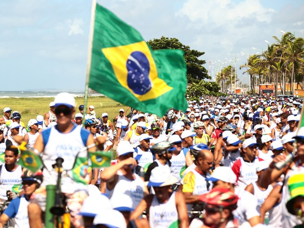 Mais de 2 mil ciclistas participaram da oitava edição do evento (Foto: Jonathan Lins/G1)