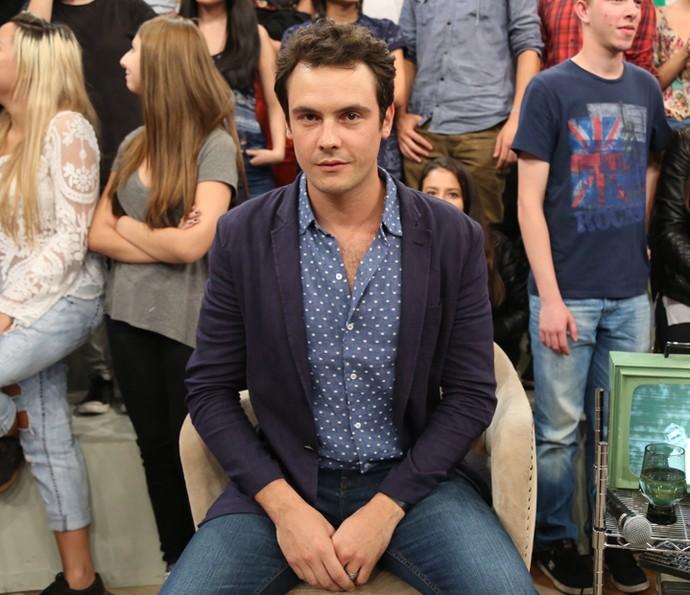 Sergio Guizé participa da gravação do programa Altas Horas (Foto: Carol Caminha/Gshow)