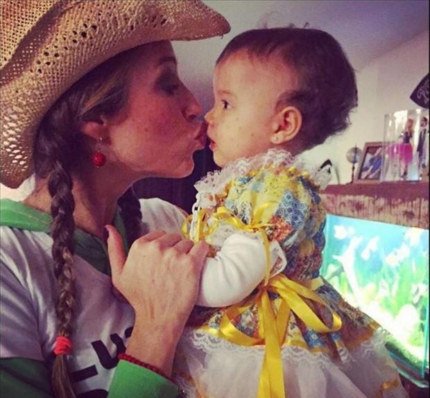 Luana Piovani com a filha, Liz (Foto: Reprodução/Instagram)