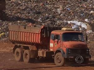 Justiça Federal analisa denúncia feita pelo MPF sobre irregularidades em licitação de aterro sanitário (Foto: Reprodução/TV Morena)