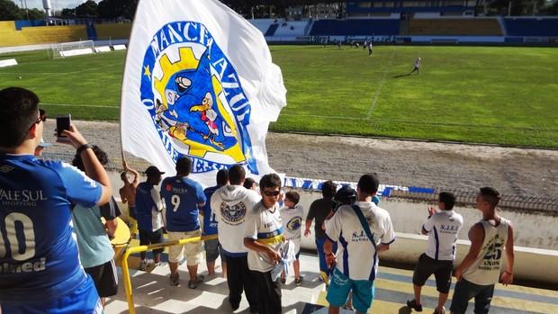 Torcida treino São José Mancha Azul (Foto: Filipe Rodrigues)