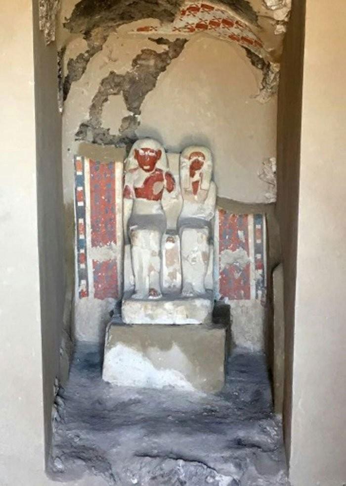 Tumba de 3500 anos cheia de múmias foi encontrada no Egito