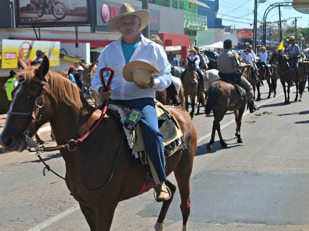 Cavaleiros participaram da Cavalgada 2015 (Foto: Aline Nascimento/G1)
