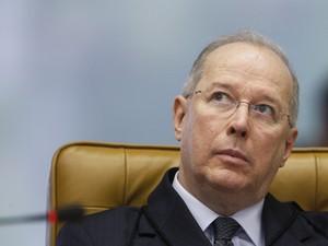 O ministro Celso de Mello, em sessão do julgamento do mensalão no dia 4 de setembro (Foto: Nelson Jr./SCO/STF)