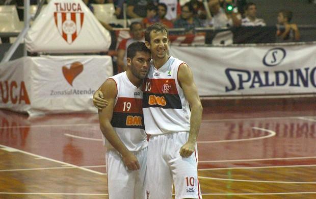 Gege e Duda,NBB, Flamengo e Joinville (Foto: Thiago Lavinas / Globoesporte.com)