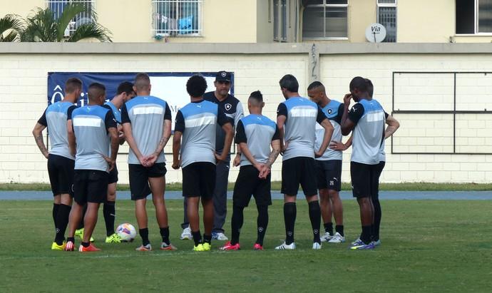 Com Neilton, Luis Henrique e Navarro, Ricardo Gomes formou trio em treino ofensivo (Foto: Jessica Mello / GloboEsporte.com)