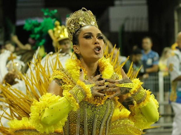 Dani Bolina, madrinha de bateria da Unidos de Vila Maria (Foto: Amauri Nehn/Brazil News)