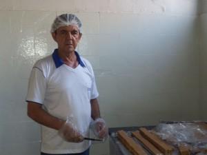 Miguel Arcanjo de Araújo é gerente de uma fábrica de doces de leite em Pompéu (Foto: Gustavo Marques/Divulgação)