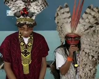 Índios do Acre visitaram escolas de Volta Redonda (Foto: Reprodução: RJTV 2ª Edição)