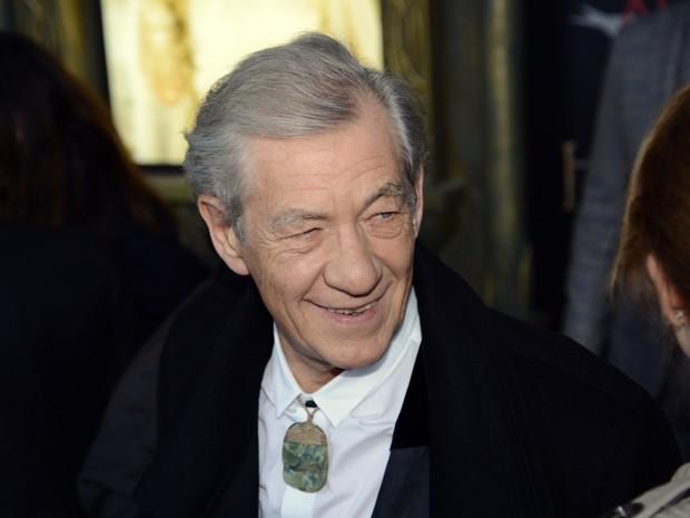O ator Ian McKellen em première de 'O hobbit: Uma jornada inesperada' em Nova York, nos Estados Unidos (Foto: Stan Honda/AFP)