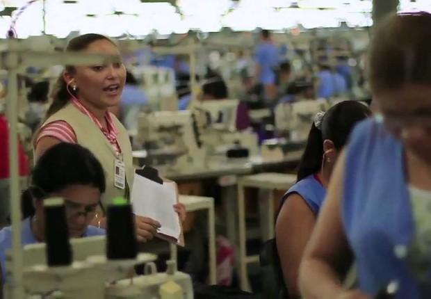 e9b015001 Fábrica da Vulcabras , empresa que produz a Azaleia (Foto:  Reprodução/YouTube)