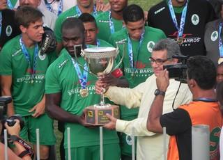 Boavista recebe o troféu da Taça Rio (Foto: Chandy Teixeira)