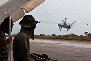 Drone da FAB é usado para achar pistas de pouso clandestinas na Amazônia (Foto: Agência Força Aérea)