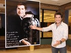 Daniel visita exposição em homenagem a sua carreira