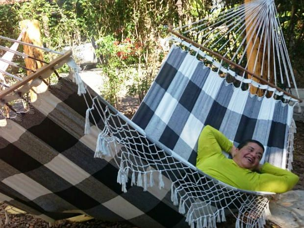 Foram oito meses dormindo sentada para conseguir respirar (Foto: Ana Paula Yabiku/G1)
