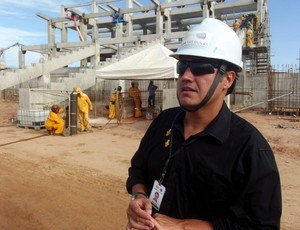 Arthur Couto, gerente de Marketing da Arena das Dunas (Foto: Matheus Magalhães/Globoesporte.com)