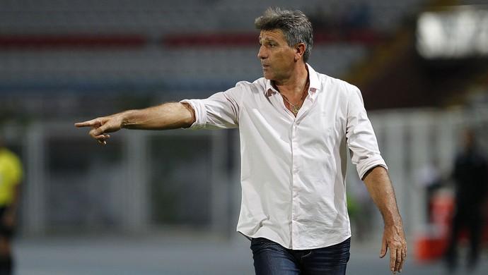 Renato Postaluppi comanda o Grêmio contra o Zamora (Foto: Lucas Uebel / Grêmio, DVG)